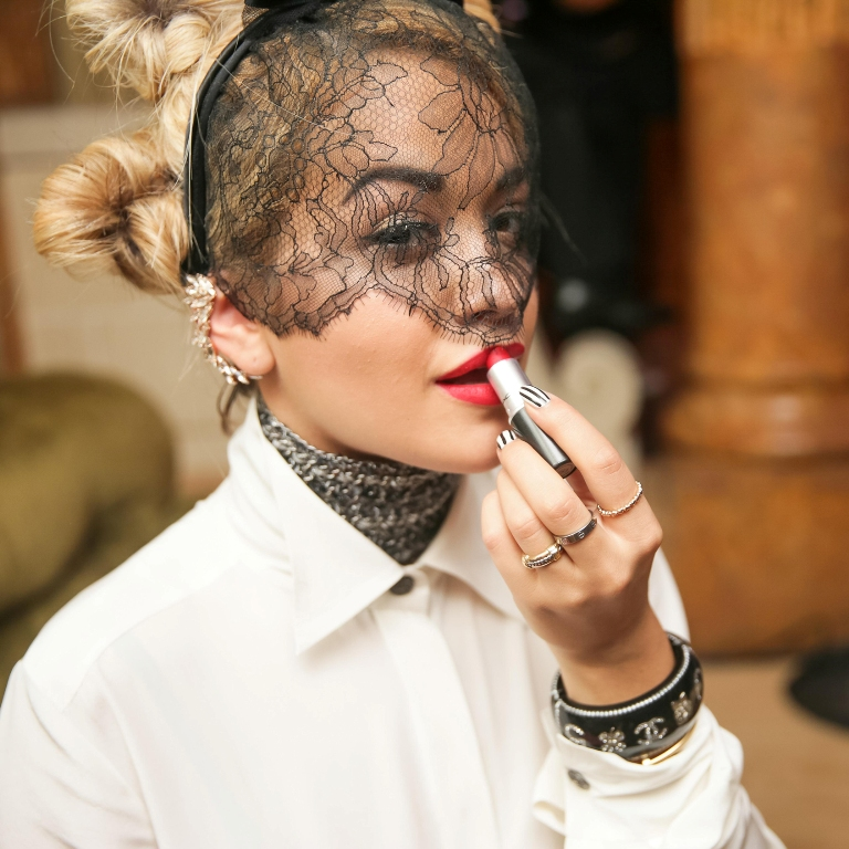 rita-ora-beauty-queen