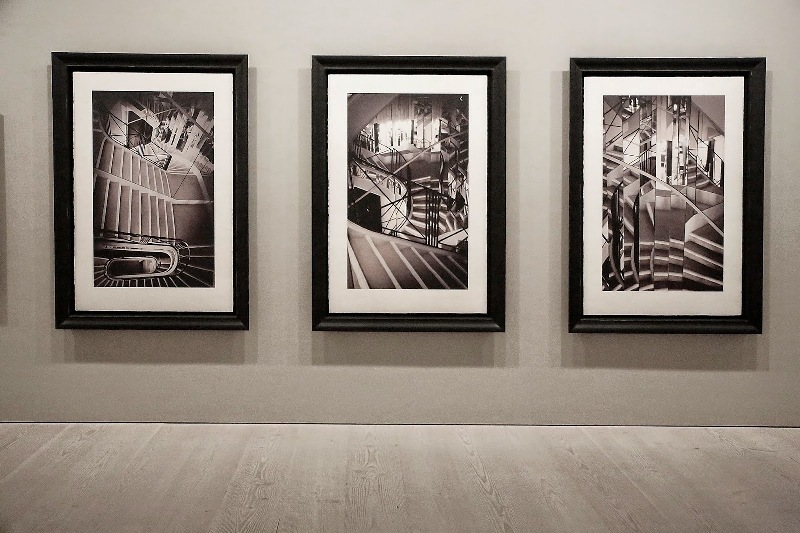 Second Floor - Sam Taylor-Johnson's photographic exhibition - Saatchi Gallery - London - 012