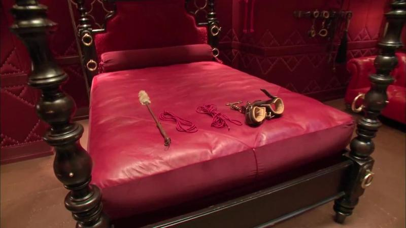Exclusive Interview With Designer Creator Fsog Red Room Pieces 50 Shades Girl Portland